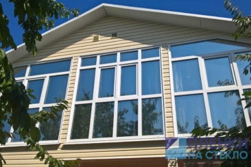 Тонирование частного дома с голубым оттенком